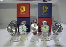 厂家低价供应参会礼品磁石手表男女式时尚手表礼品快手热卖图片